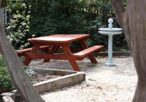 Heavy Duty Solid Outdoor Timber Picnic Tables Melbourne - Timber picnic table