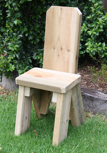 timber picnic table chairs